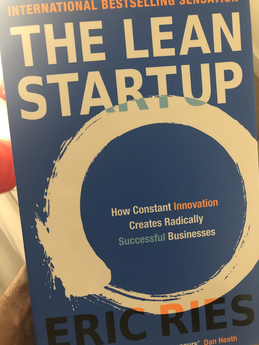 When @jeansymolanza gives you a book recommendation..you act accordingly #LeanStartup <br>http://pic.twitter.com/1XEZvPvmER
