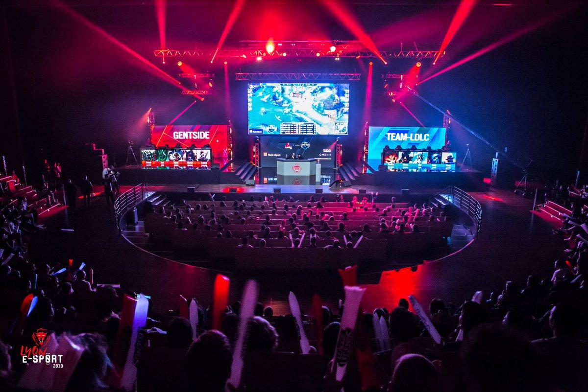 Lyon e-Sport, le festival de #JeuxVidéo, revient du 22 au 24 fév au #CentreDeCongrèsDeLyon, la #compétition réunira près de 670 joueurs sur 3 jeux différents ▶http://www.gl-events.com/lyon-e-sport-2019… #GLevents #LES2019 @LyoneSport #eSports #gaming #LOL #LeagueOfLegends #Fortnite #RainbowSixSiege