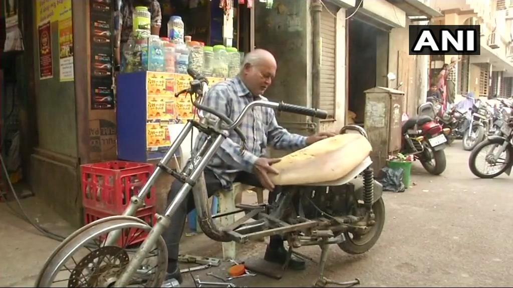 Gujarat: Vishnu Patel, a 60-year-old differently abled man in Surat, says he has built two-wheeler and three-wheeler vehicles using parts of old electronic items. He says, 'If Rs 20 Lakh loan is granted to me, I can make a vehicle which will bring laurels to India.' (20.02.2019)