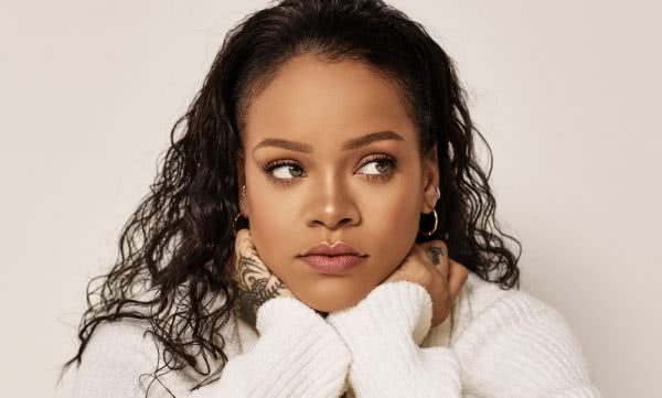 Happy birthday, Rihanna the most beautiful lady I have seen....... My role model