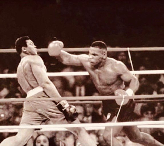 If #MuhammadAli and #MikeTyson fought each other in their primes, who would you pace your bets on?<br>http://pic.twitter.com/Jq8UeWOAAF