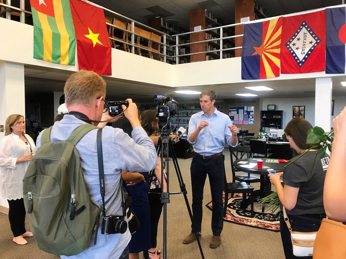 We followed @BetoORourke &amp; his team for the final twelve months of the campaign, and hard as it may be to believe now, in the early days sometimes only a single, local news outlet was waiting to interview Beto after his town halls, like at this one in Borger, TX back in May '18. <br>http://pic.twitter.com/xeoaoWxOgj