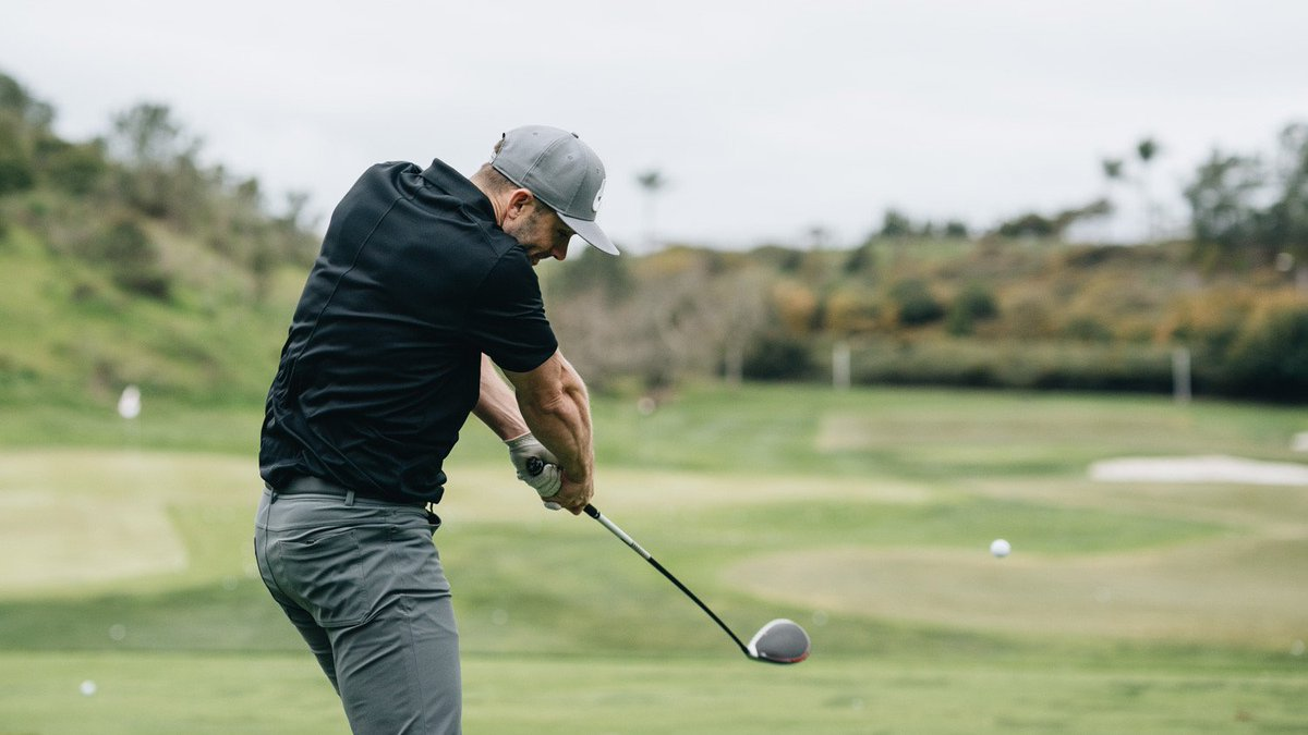 The powerful swing of #Mets legend David Wright.   The 7-time #MLB All-Star stopped by for a fitting and took some cuts with #M5driver at the #TMKingdom today. #InjectedTwistFace<br>http://pic.twitter.com/q7JV5i0hcn