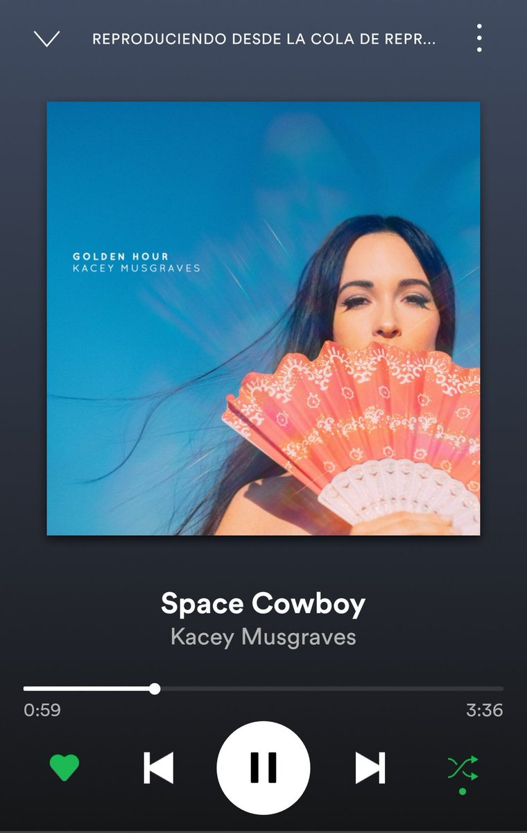 I&#39;m listening @KaceyMusgraves for first time and now I know why she won the #Grammy2019  <br>http://pic.twitter.com/kqwLGfDBVw