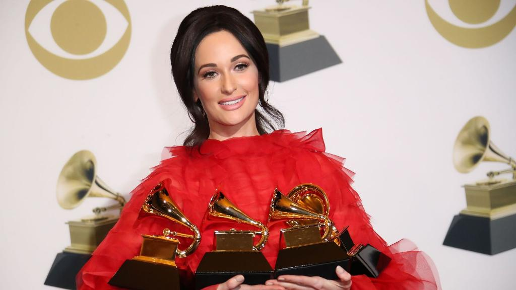 A week after winning the best album Grammy and 41 weeks after its chart debut, @KaceyMusgraves' Golden Hour is No. 1 on @billboard's country albums chart >  https://t.co/DT3uTW3Tkz