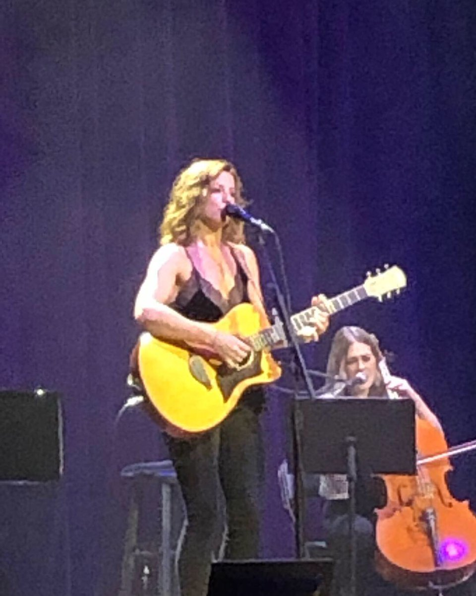 It was a treat to get out and pop downtown @NashvilleTenn with @hontheeastside to see and hear the legendary @SarahMcLachlan @TheRyman for her #birthdaypresent  #Canadians can sure hold their own when playing the  #motherchurchofcountrymusic