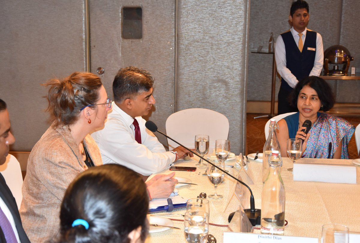 The US buys more goods from Sri Lanka than any other country.  Yesterday, I heard from Sri Lankan companies at @CeylonChamber on how we can boost trade & investment ties w #SriLanka even further.