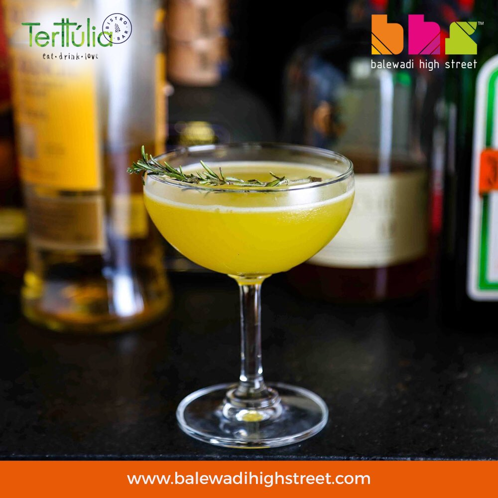 A  classic cocktail, the Daisy, is just what you need to amp up your #Thursday @Terttuliabistro. #TerttuliaBistro #TTB #TTBCocktails #TTBVibes #HappyVibes #BHS #pune #spoiltbychoice #lifeatbhs #worldcuisine #perfecthangout #placetobe #drinkstagram #drinkporn #foodporn