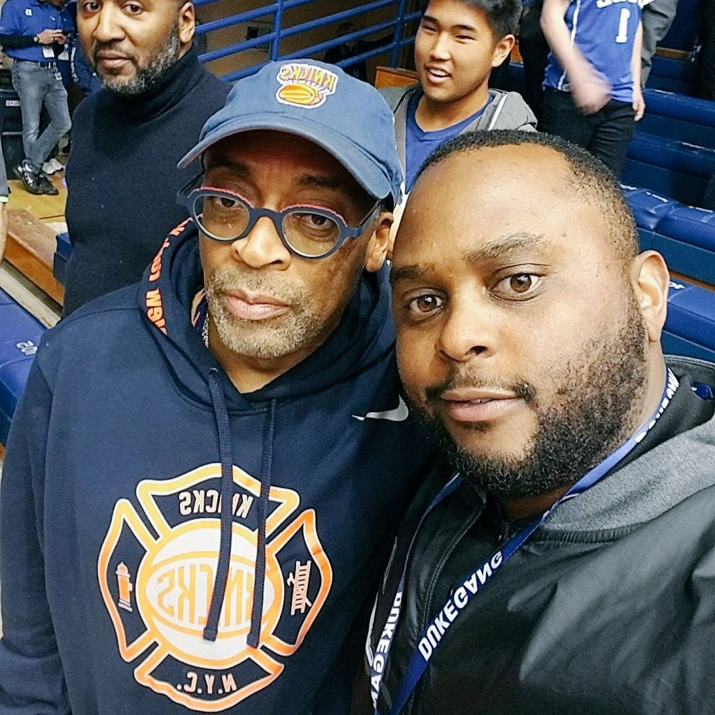 DO THE RIGHT THING AND JOIN THE #DukeGang #RushMenForever S/O TO THE LIVING LEGEND SPIKE LEE! #DukeVSUNC