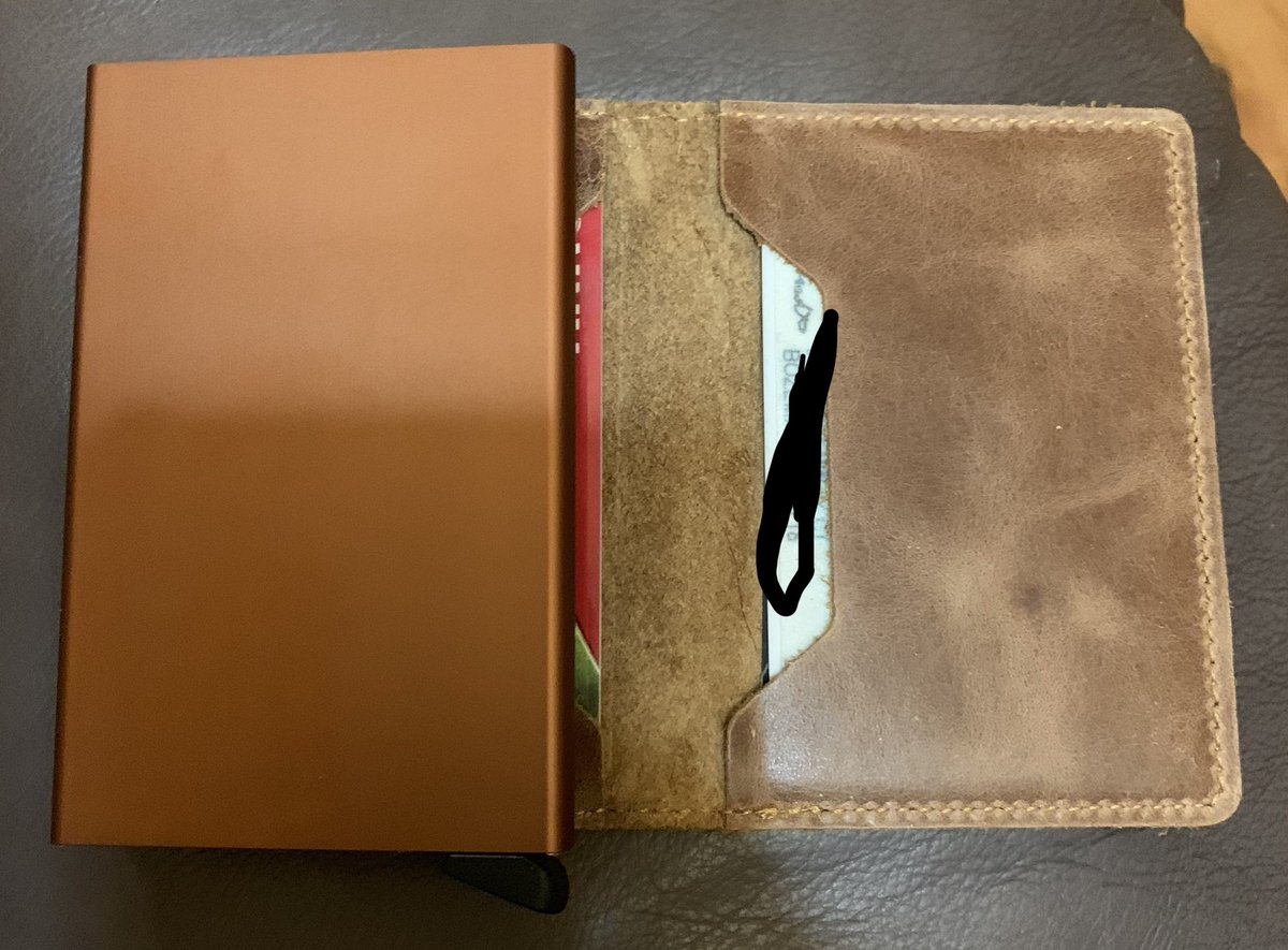 @bigjimmurray spot on with the wallet and I feel sophisticated. My only question how long before that plastic slide that pops the cards out breaks?