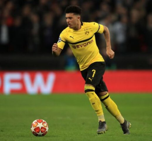 According to the Daily Star, Journalist @DuncanCastles believes England youngster and Borussia Dortmund star Jadon Sancho will be sold this summer, if a big offer comes in. Numerous clubs are after his signature. However, Duncan thinks Manchester United fits for him. #MUFC #BVB