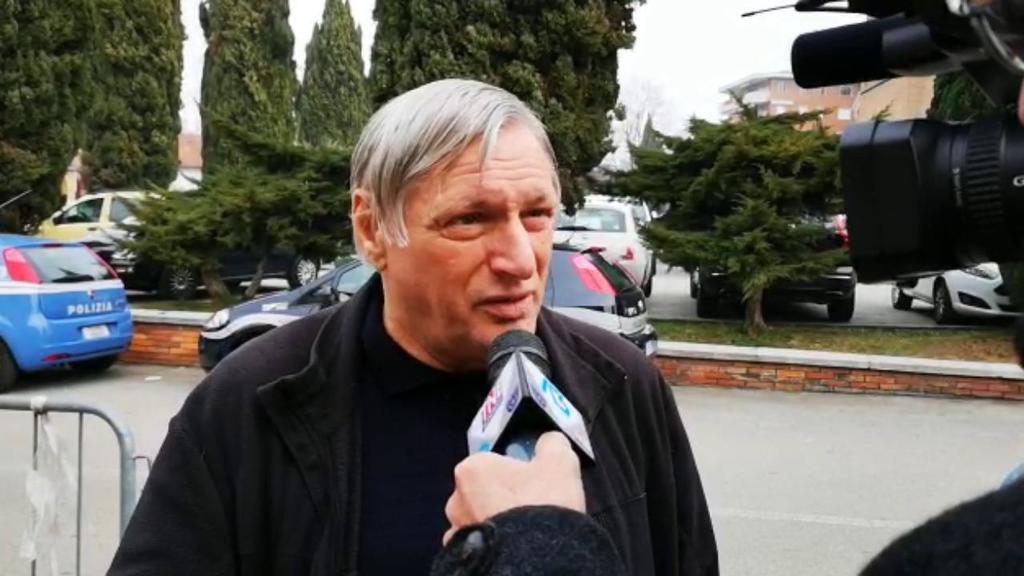 Don Ciotti a Treviso: 'Chiunque si deve assumere l...