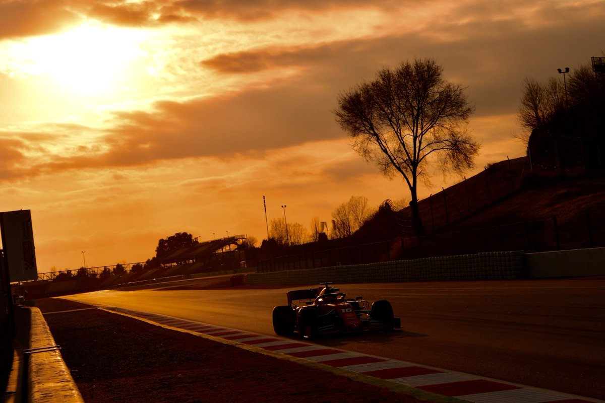 The final day of the first #F1Testing is underway at Barcelona  Will we finally get a glimpse of Mercedes' pace?  UPDATES: https://t.co/dsFCYRqRzo #SkyF1  #LiveCoverage1pm