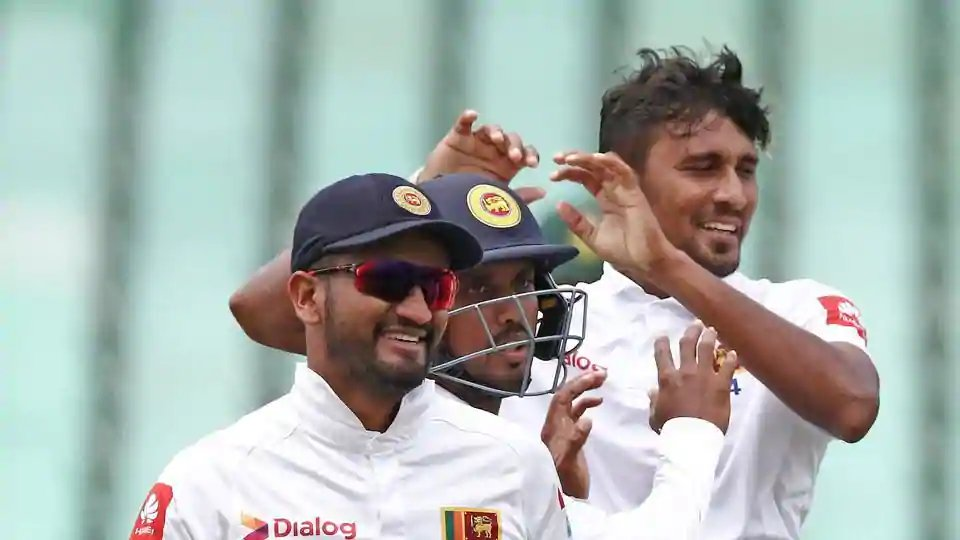 #SAvSL 2nd Test LIVE: Sri Lanka will look for early wickets after South Africa won the toss and opted to bat first.  #SAvsSL   Follow live -   https://t.co/6mwXekOGuA