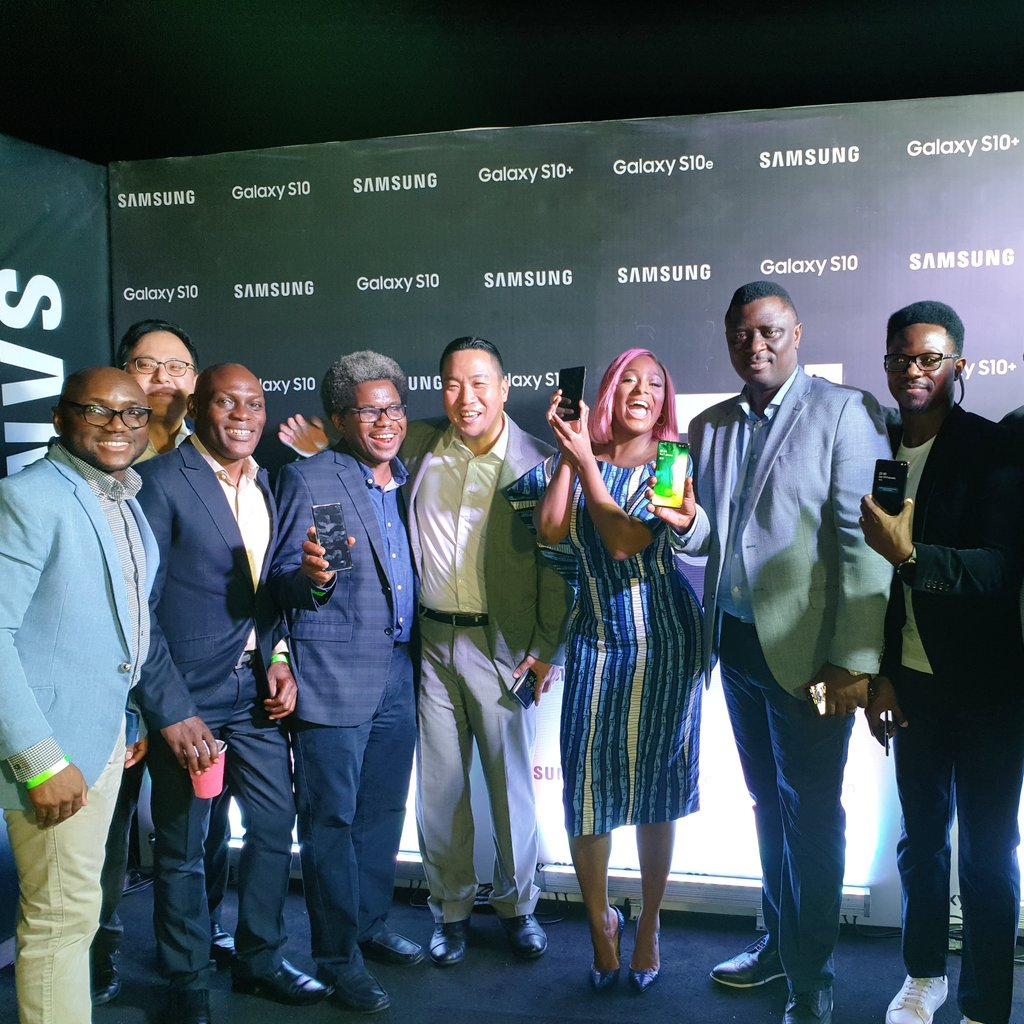 WAWU!!! Congrats to my @SamsungMobile Nigeria family on the new #GalaxyS10 📱 Can't wait to start using this phone!