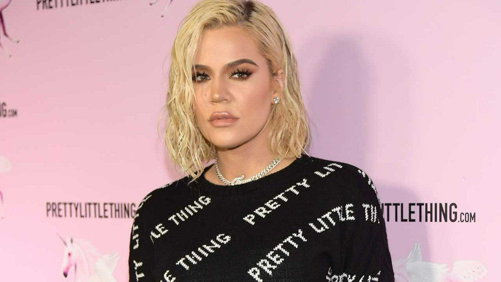 Khloe Kardashian Makes Her First Public Appearance Since Tristan Thompson Split http://bit.ly/2DXYybA
