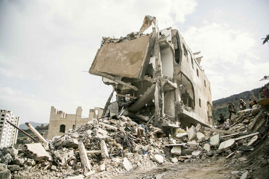 The UK is on the wrong side of the law when it comes to arms sales to Saudi says parliamentary committee. Instead of asking #Germany to resume arms sales to Saudi @Jeremy_Hunt should take seriously the committee's findings and follow Germany's example https://www.hrw.org/news/2019/02/21/saudi-arms-sales-put-uk-wrong-side-law…