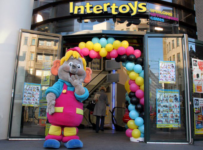 Intertoys vraagt faillissement aan https://t.co/mLGsg2CIhv https://t.co/yd7RGZPFiW