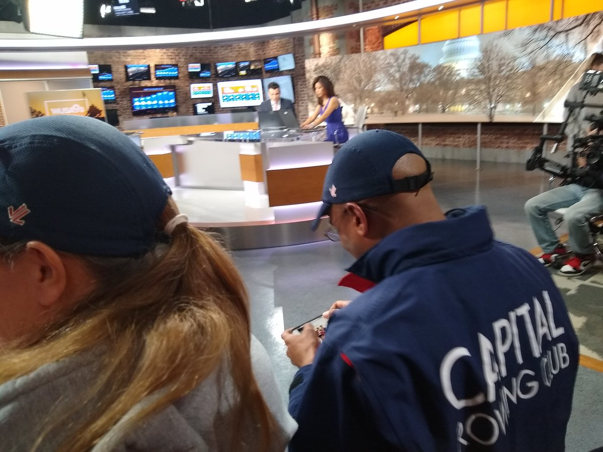 Redefing &quot;crew&quot; on th set of #getupdc <br>http://pic.twitter.com/Xu9mtmsIdQ