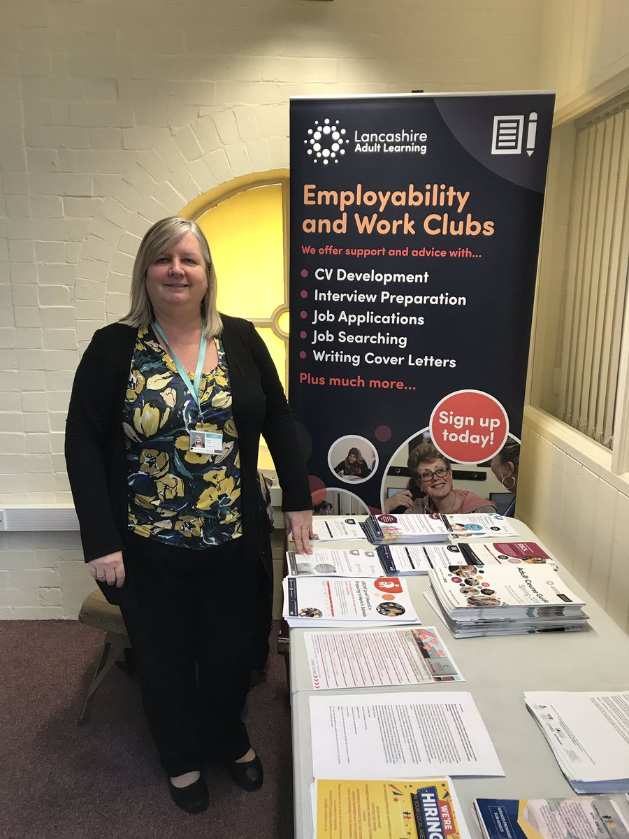 #lancashire Adult Learning in Accrington market #upskillinglancashire #care #vacancies thinking of a career change or looking for a new job? Our introduction in care is free! @LancsSkillsHub @eastlancslive @JCPinLancashire @charlottejpiper #AdultEd