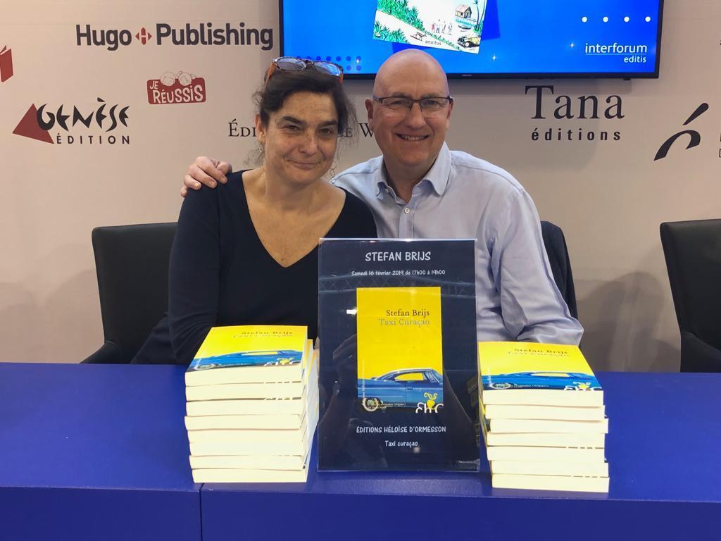 Retour en images sur un week-end littéraire Bruxellois... 📚 📸 Avec Stefan Brijs (Taxi Curaçao) et Marianne Maury Kaufmann (Varsovie - Les Lilas) les @EditionsHO étaient fièrement présentes à @foirelivrebxl #Bruxelles 😍😀 #payetagauffre