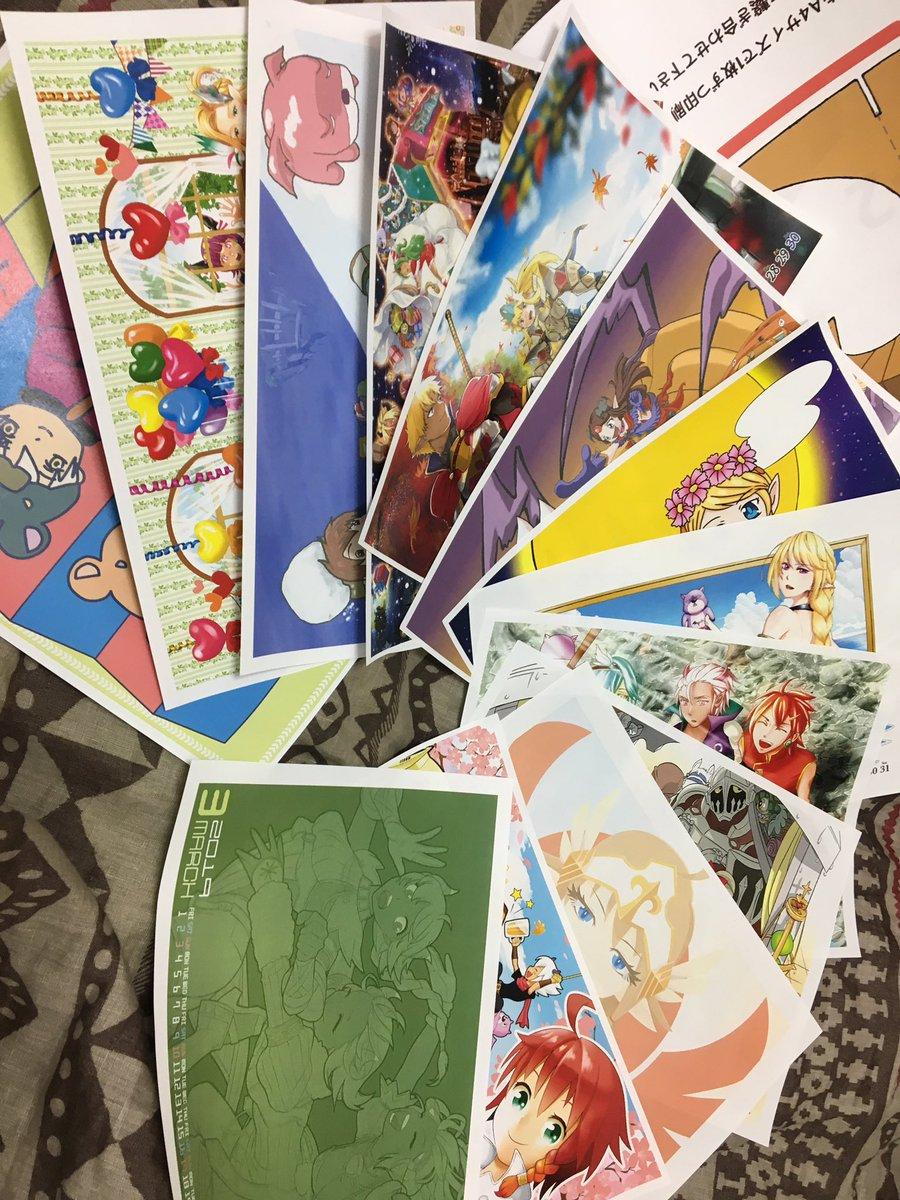 スママジカレンダー印刷してきました どの絵も素晴らしく素晴らしい! 印刷してみて改めて思うけど、美術部の皆様凄いですね(*^ω^*)  企画、製作してくださった皆様お疲れ様でした&ありがとうございます!