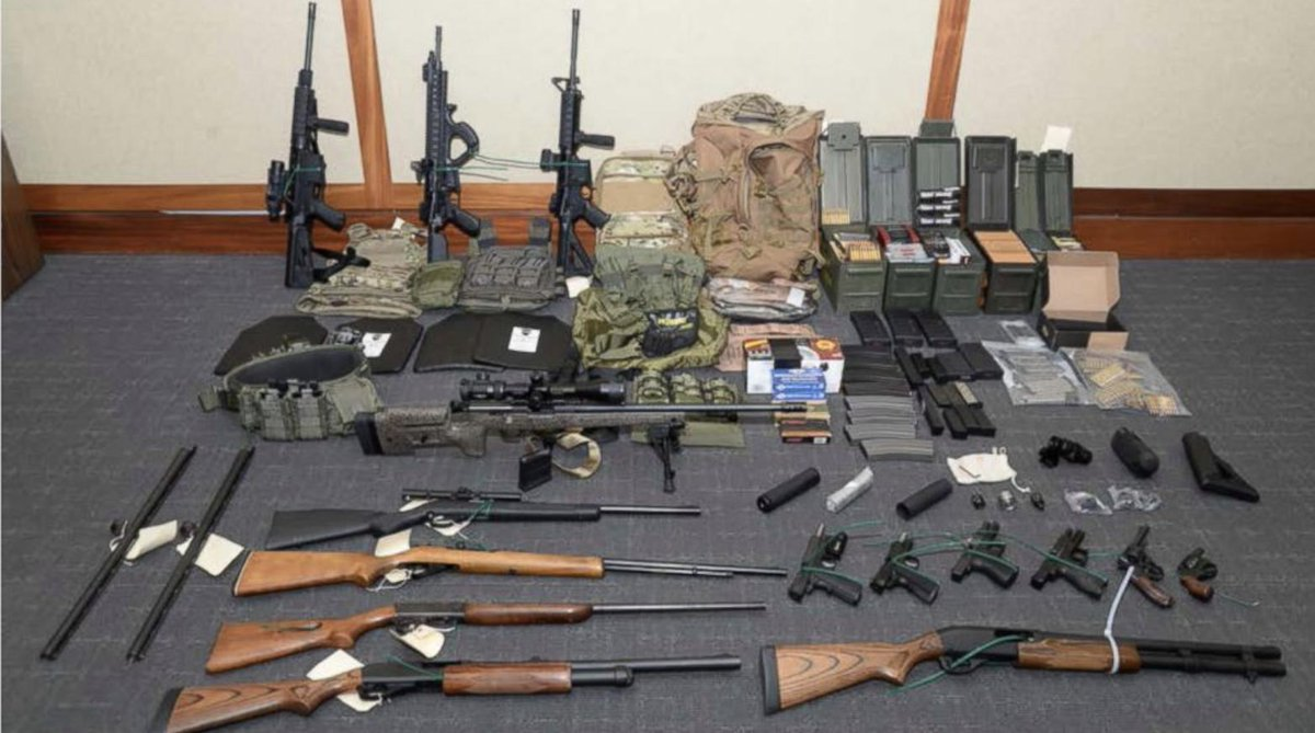 Yesterday, federal prosecutors charged Coast Guard Lt Christopher Hasson with illegally amassing an arsenal with intent to commit mass murder upon an array of Democratic politicians and liberal media personalities.  https://t.co/6Hn4AWL1pG