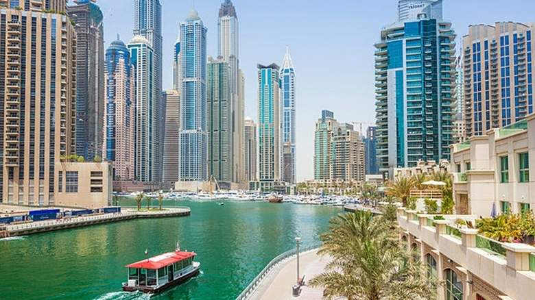 Woman catches agent faking rent contract, calls Dubai Police - http://bit.ly/2T5DV6O