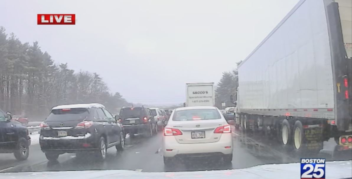 MAJOR delays on I-93 north after crash in the Wilmington area.  Watch for @CParrottaFox25 LIVE DRIVE TIME traffic updates every 10 minutes on@fox25news  Morning News. #MAtraffic #25traffic