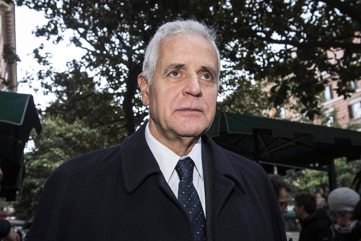 Caso #Maugeri, Pg Cassazione chiede conferma della condanna a 7 anni e 7 mesi per #Formigoni: 'Imponente baratto corruttivo' →  https://t.co/ciYSnBVjIL