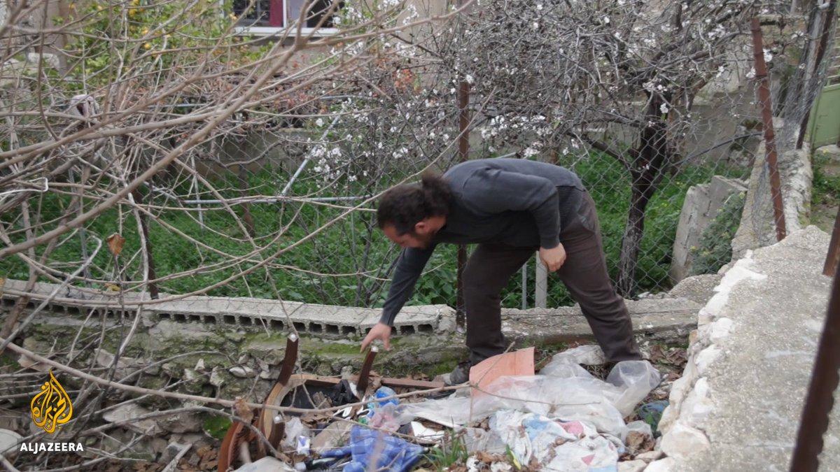 This Palestinian man turns rubbish into furniture 💪