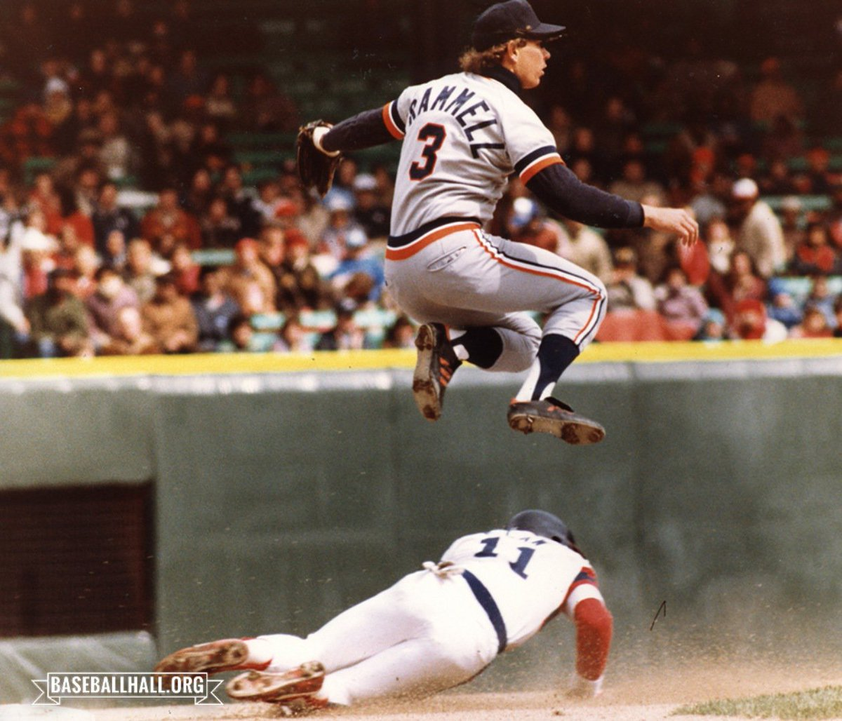 The first shortstop to post a season with at least a .340 batting average, 28 home runs and 100 RBI, and the face of the @tigers for two decades was born #OTD in 1958. Happy birthday, Alan Trammell! https://baseballhall.org/hof/trammell-alan…