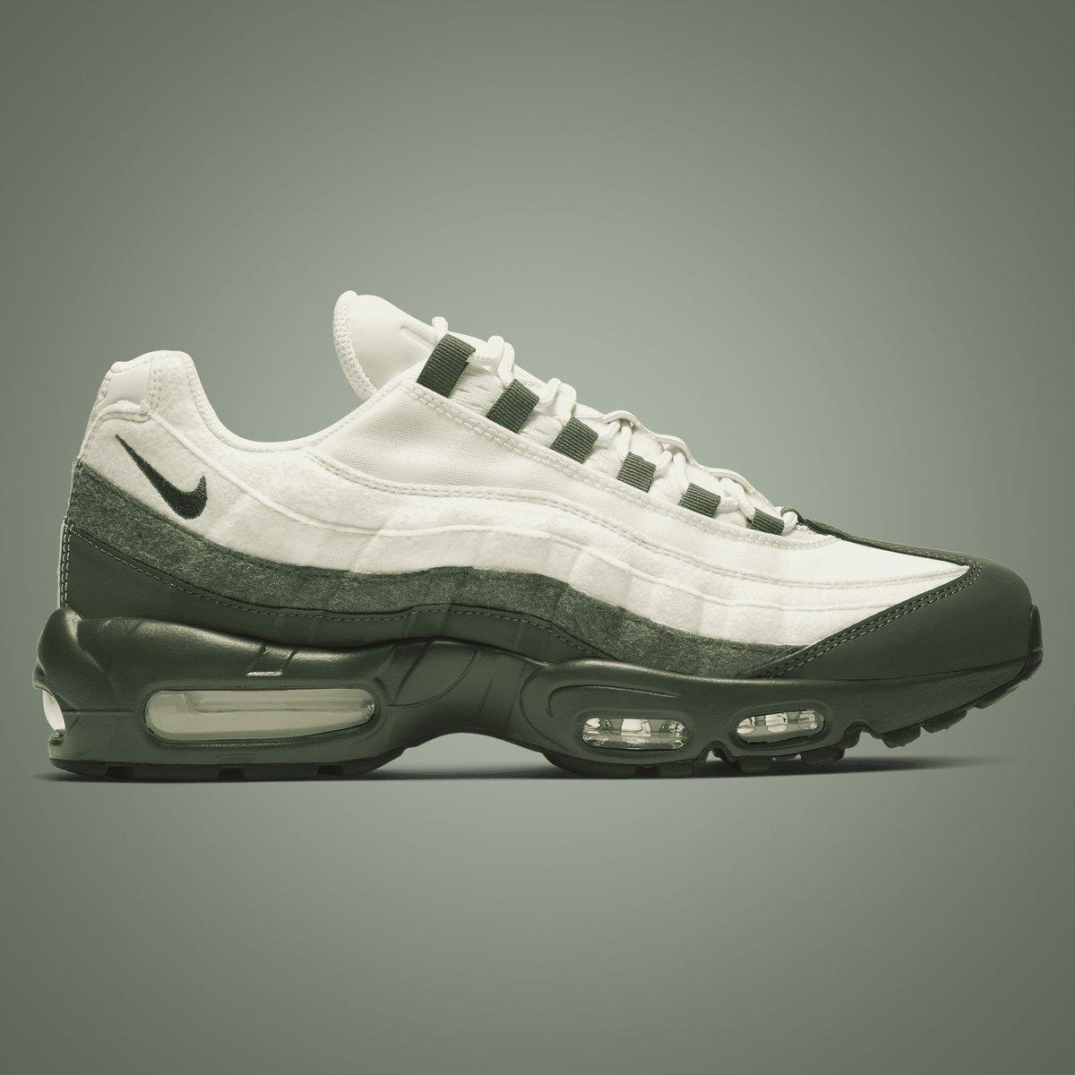 9c21e6181 GB'S Sneaker Shop on Twitter: