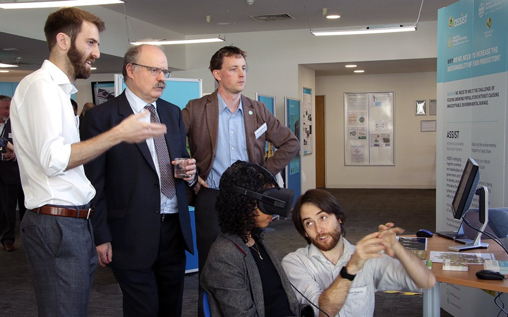Hands on with CEH's Minecraft #VR tool to view future landscape scenarios. Sir Mark Walport @UKRI_CEO hears about CEH's work delivering the #ASSISTagri #NationalCapability programme   #research #innovation