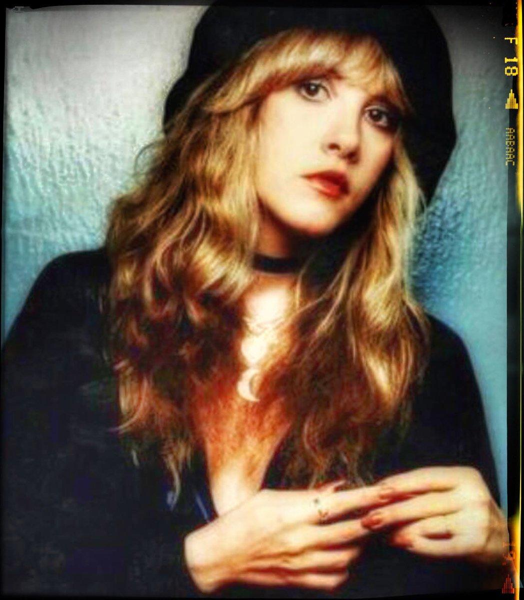 Gorgeous #StevieNicks #FleetwoodMac #beautiful #vintage #70s #80s #follow #ChristineMcVie #Rumours #Tusk #Mirage #WildHeart #BellaDonna