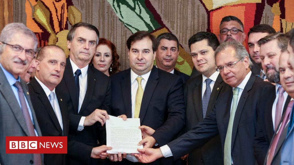 Os 12 principais pontos da proposta do governo Bolsonaro para a reforma da Previdência https://t.co/EErvPNyhVX