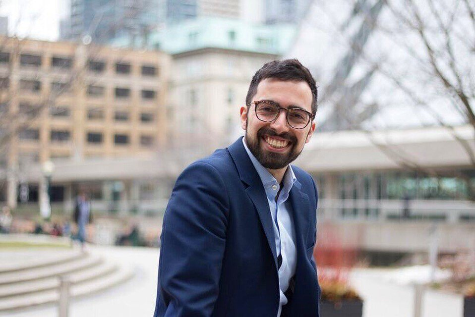 Alum Marc Caporiccio discusses how his Bachelor of Education degree and experience at #YorkU helped him to become a Campus Recruiter at @rbccm http://bit.ly/2tx1RkY @YorkUNews #careerpath #transferableskills