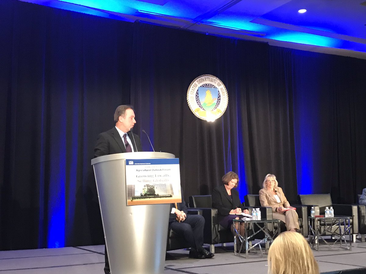 "#AgOutlook @Recombinetics Executive VP Mitch Abrahamsen, ""the challenge is to provide genetic improvement of food animals to meet human demands without compromising well-being & the environment"""