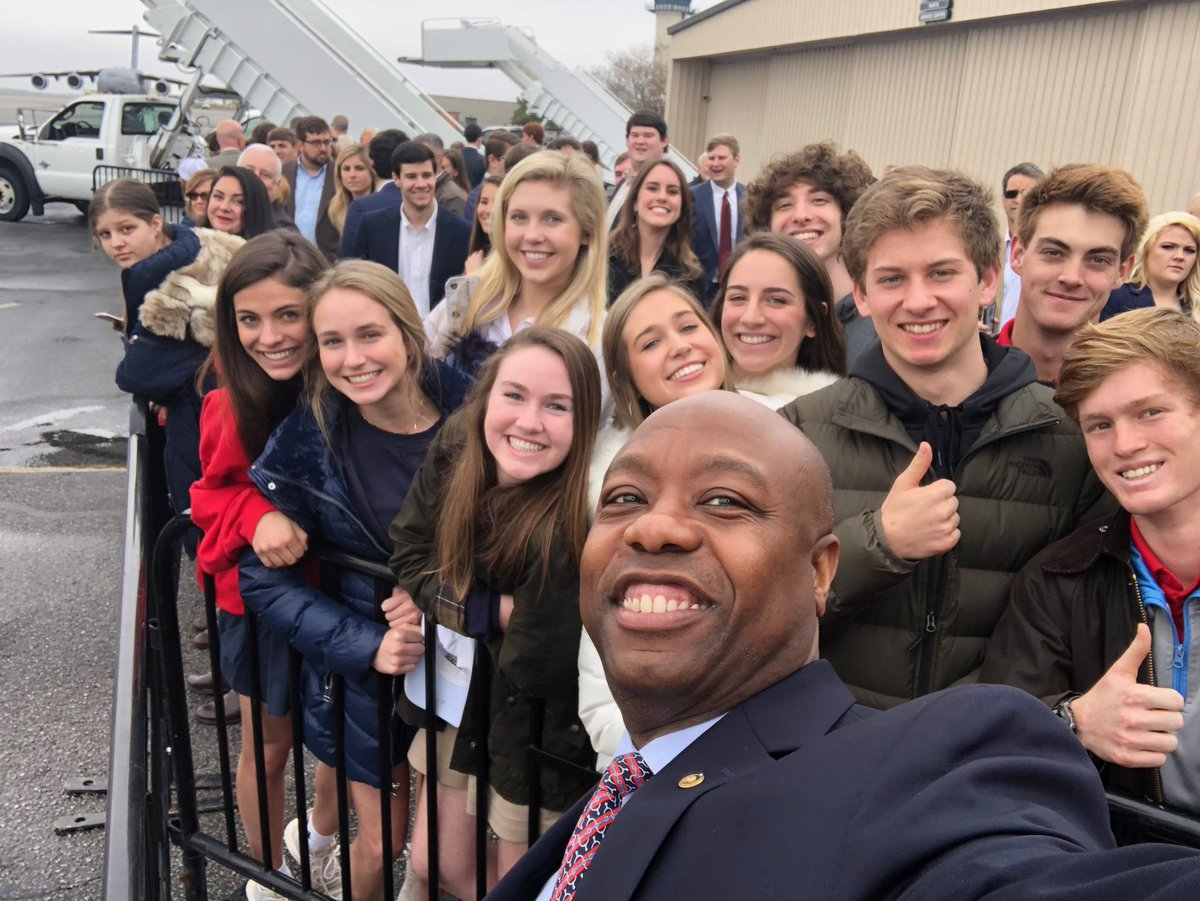 Waiting for @vp at @CAEAirport with some great Columbia high school students! The Vice President and I will be touring #OpportunityZones in Columbia today.