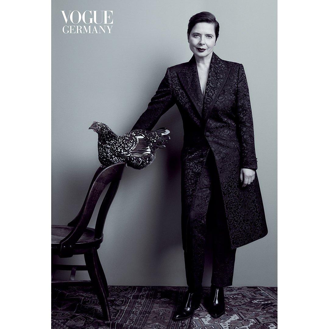 Isabella Rossellini wears Dolce&Gabbana for @VOGUE_Germany. Photo by: @EmmaSummerton Styled by: @elissasantisi #DGWomen  #DGCelebs