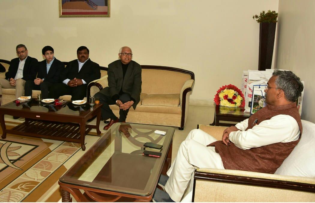 मुख्यमंत्री श्री @tsrawatbjp से मुख्यमंत्री आवास में अमेरिकन इण्डिया फाउण्डेशन (एआईएफ) के प्रतिनिधिमण्डल ने मुलाकात की। #cmuttarakhand