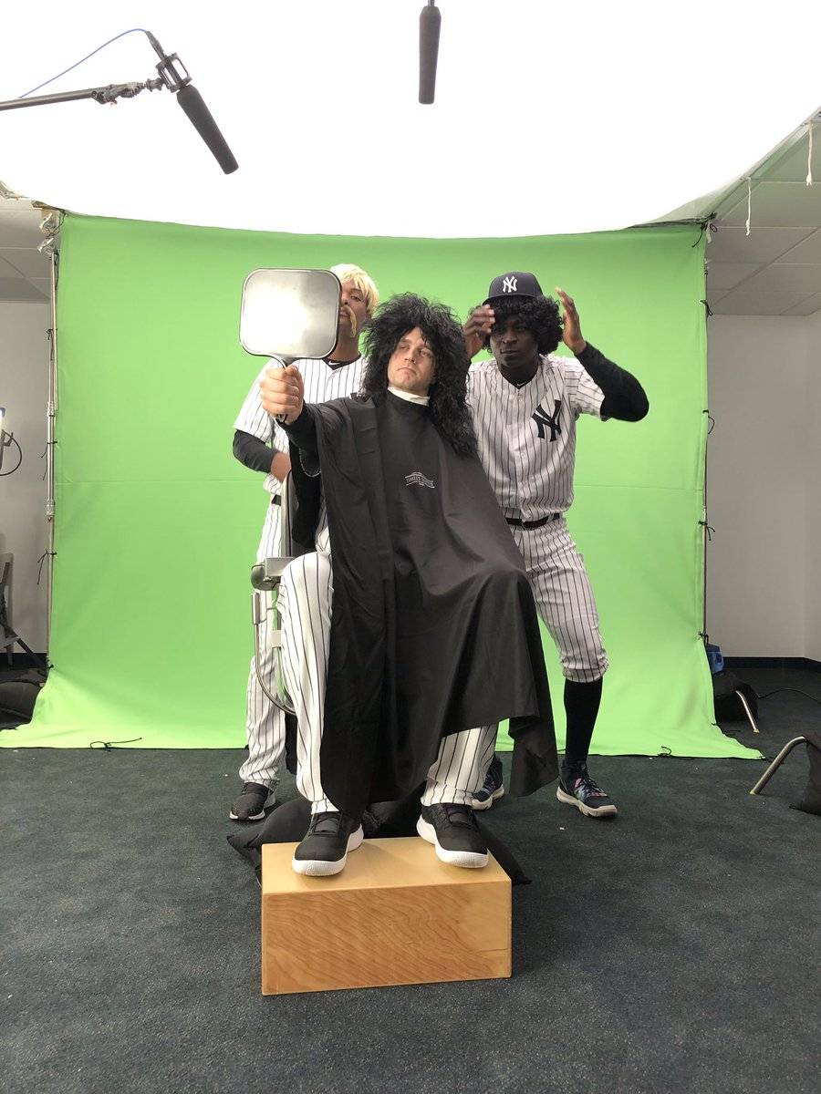 There's a Buzz in the Bronx... @YESNetwork #PhotoDay