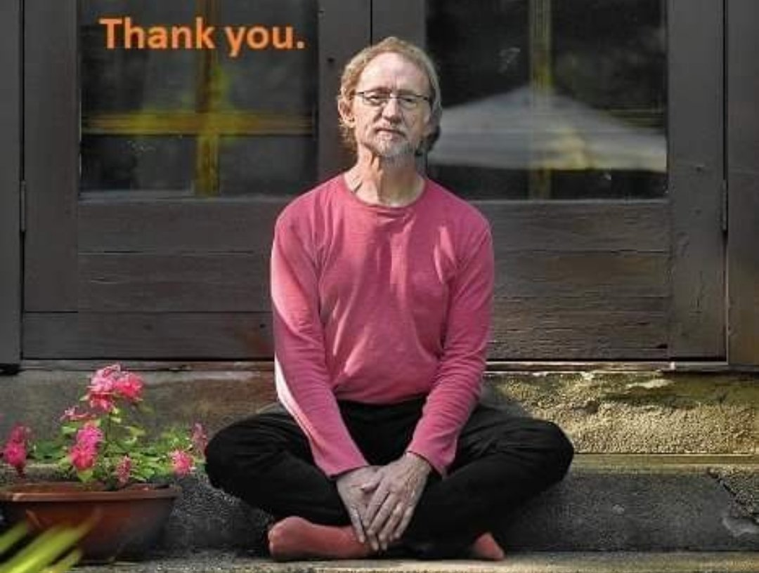 Our hearts are broken.  Peter Tork. Rest in peace, brother. XO <br>http://pic.twitter.com/maxToKgwq3