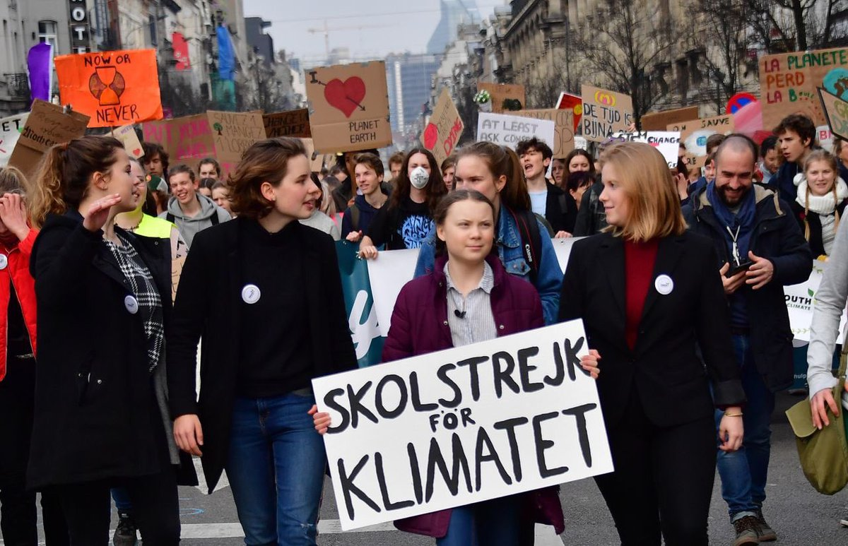 Thank you everyone who came to the march today in Brussels ❤️❤️❤️ 12 000 in Belgium today! #schoolstrike4climate #climatestrike  #fridaysforfuture