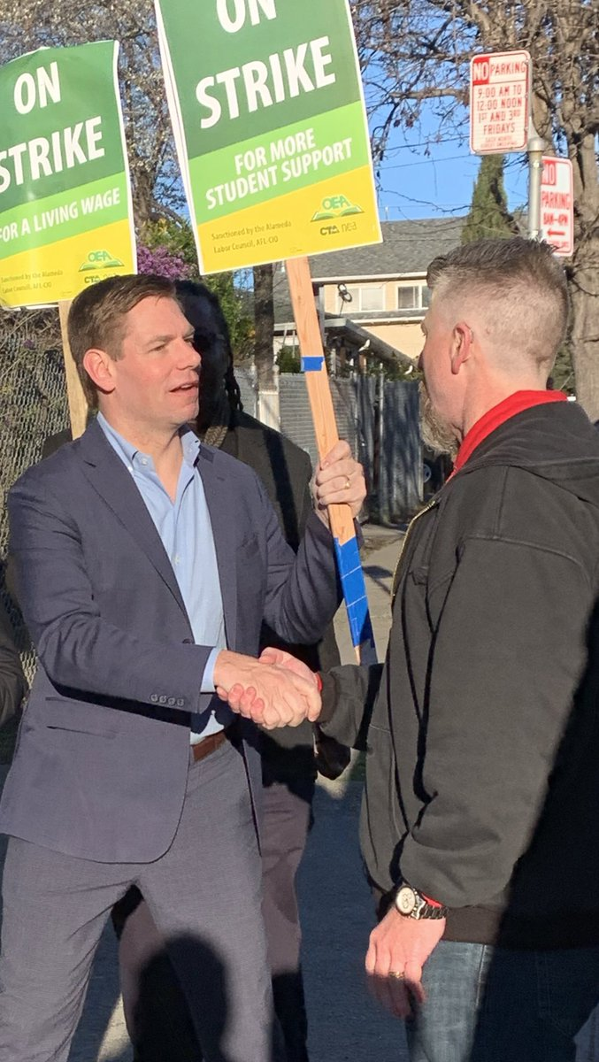 For too many teachers in America, their class sizes are too big and their paychecks are too small. It's time we put our kids first. Today, I walked with East Bay teachers at the #OaklandTeachersStrike.  @cta @AFTunion