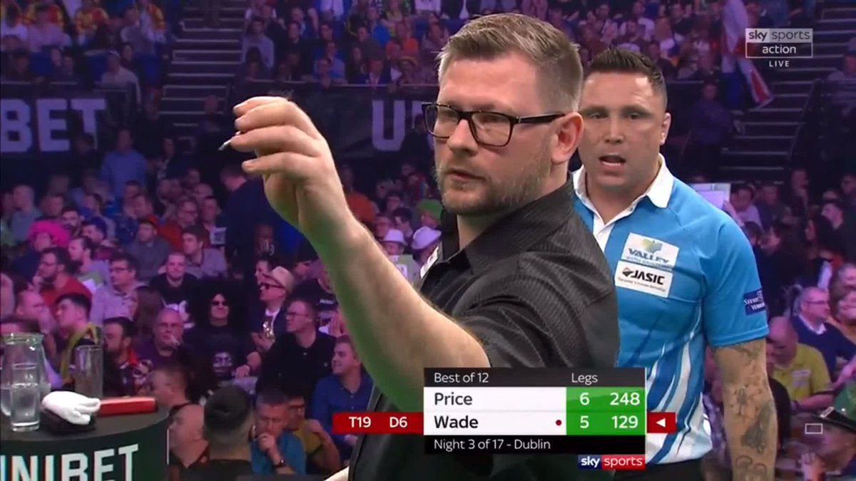 DRAW! 🎯  Price and Wade take a point each in a thrilling opening game of the night.   📺 Watch now live on Sky Sports Action or follow here: http://skysports.tv/Q4tkQX