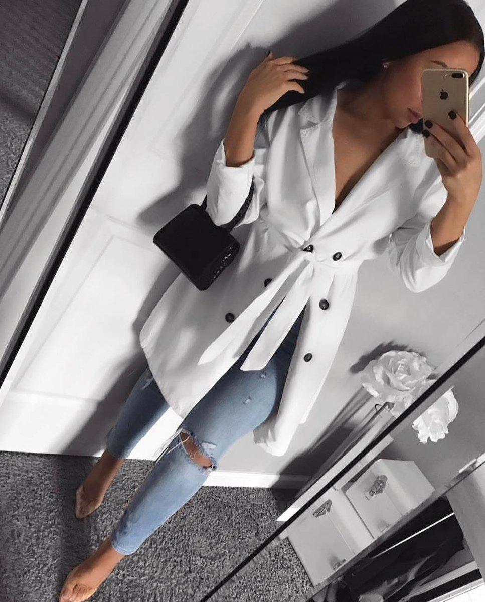 Image for Girl Krush 💘  @itskarolinacruz styles the TINA Blazer 😍  Shop 👉🏽 https://t.co/5y08kiUfWH  #ikrushbabe https://t.co/38bKheex5Z
