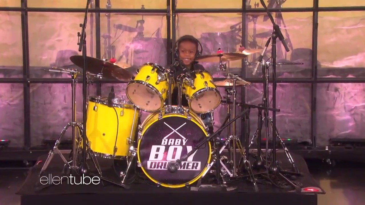I could watch this little boy drummer all day. https://t.co/9HdQTNK3eU