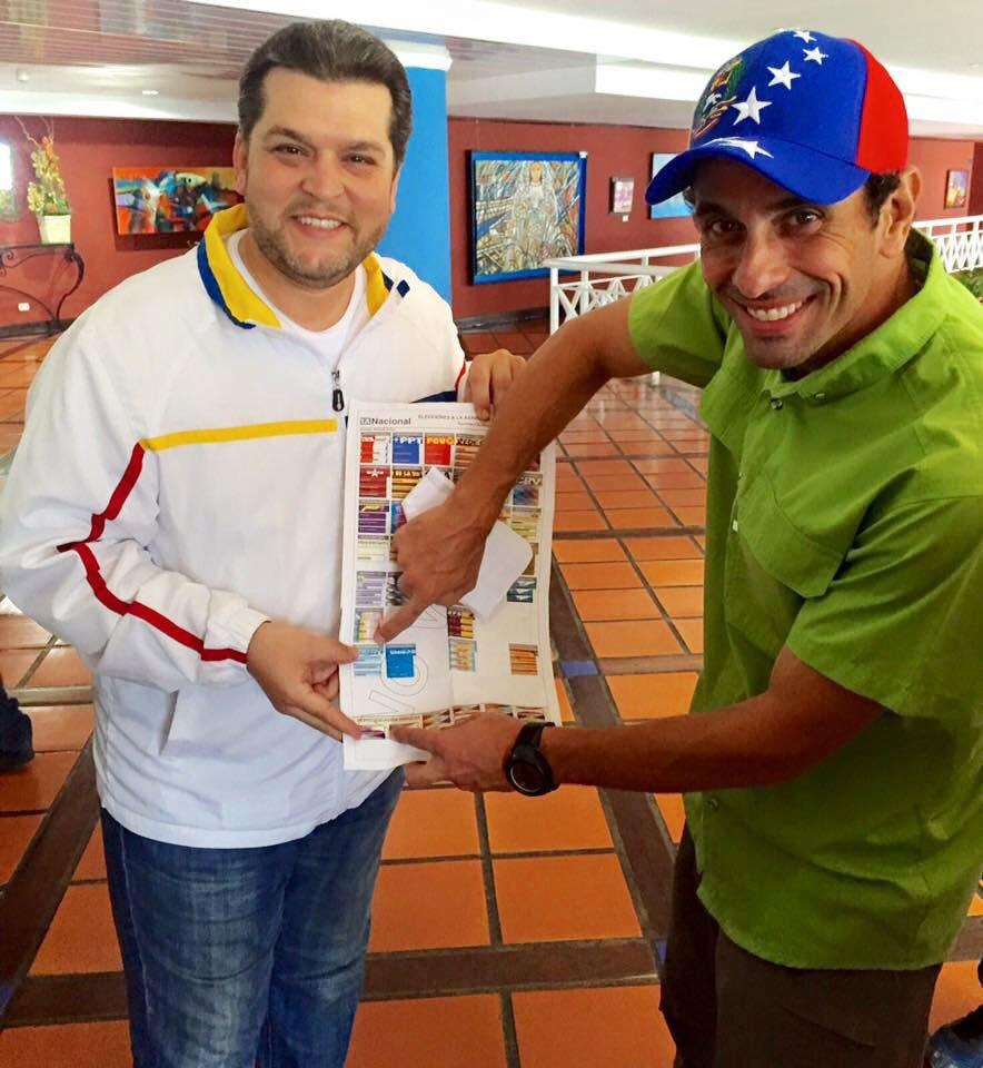 Maduro: Si algo me pasa, ¡retomen el poder y hagan una revolución más radical! - Página 8 Dz9UMgIWoAEkfb9