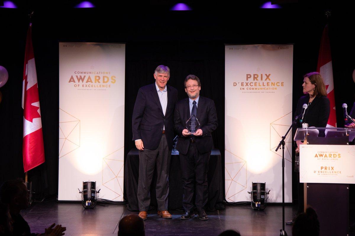 Félicitations à Normand Daoust de Sécurité publique Canada, récipiendaire du prix Puissance régionale à la cérémonie des Prix d'excellence en communication du #GduC ! http://bit.ly/2RBJEQX #CommsGC2019 #PrixCommunication @securite_canada